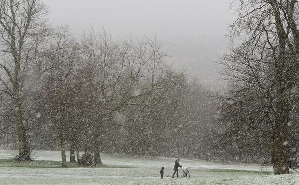 A neve cai que cai em Londres!!!